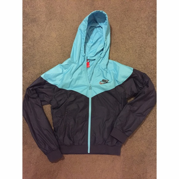 Nike - Nike Light Blue and Navy Rain Jacket from Sarah's closet on