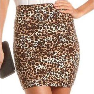 Charlotte Russe Dresses & Skirts - Cheetah bodycon skirt
