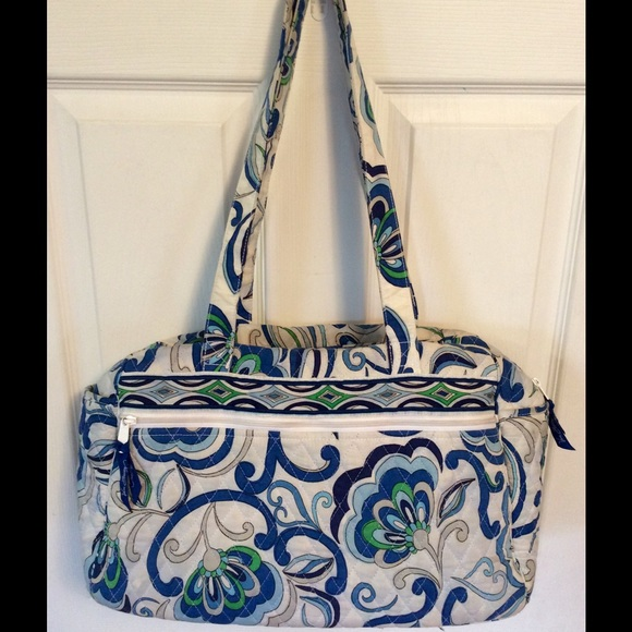 70 off vera bradley handbags vera bradley diaper bag from shannon 39 s closet on poshmark. Black Bedroom Furniture Sets. Home Design Ideas