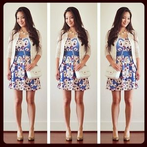 Dresses & Skirts - Gorgeous floral skater dress