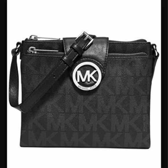 9bb04a88422a6 Michael Kors Large Fulton Black Crossbody Bag