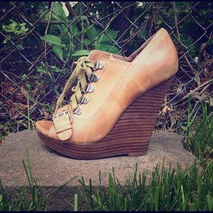 ALDO Shoes - Aldo tan leather bootie