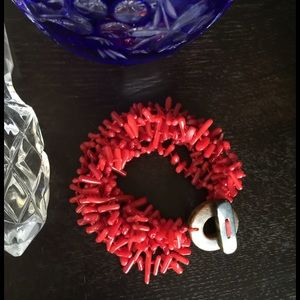Jewelry - 🎉HP🎉Natural Red Coral Bracelet Natural Clasp