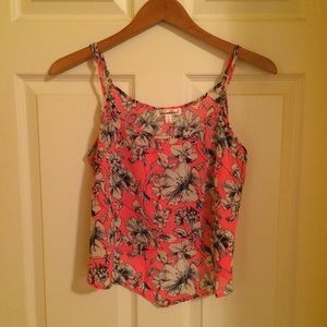 Floral summer top size7-9