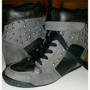 Guess size 8.5