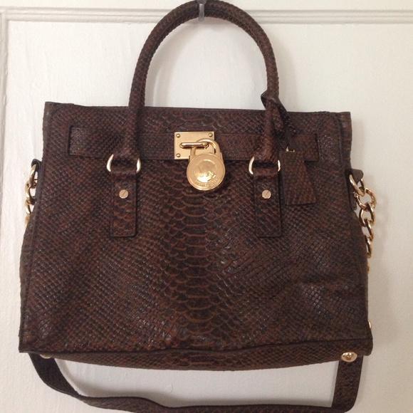 fb05fbf16bf9 Special Edition Michael Kors Handbag. M_5563869eb4188e1e5100d533