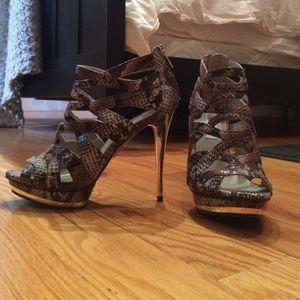 Jennifer Lopez open toe heels