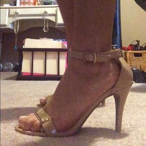 Nude and go gold ankle strap heel
