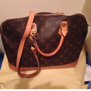 Louis Vuitton Alma in Monogram