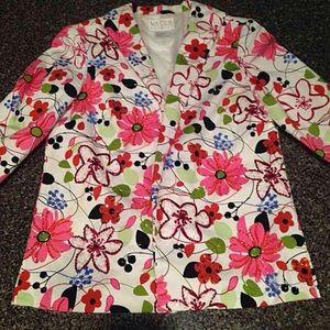 Flower blazer with details