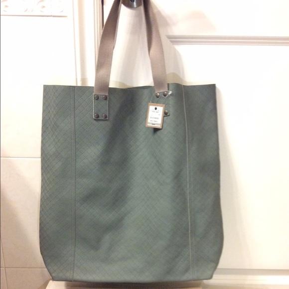 1f72b8dc033 Bottega Veneta Bags   Brand New Hand Bag   Poshmark