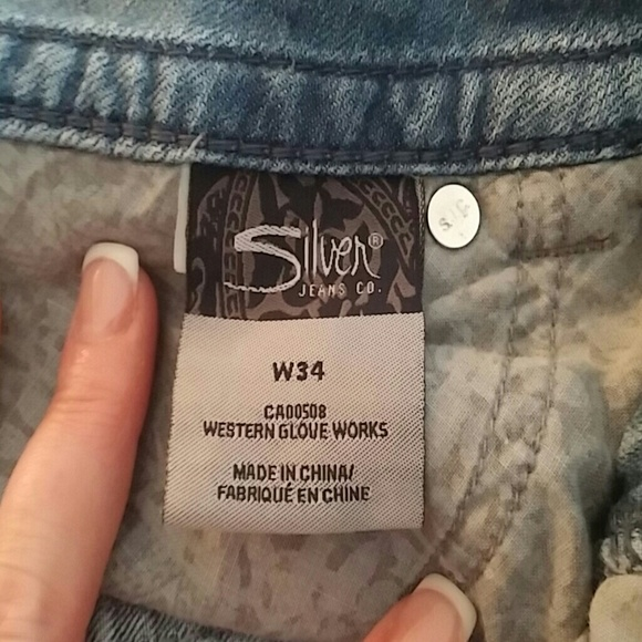 Silver Jeans - Suki Silver Capri Jeans - Size 34 from Renee's ...