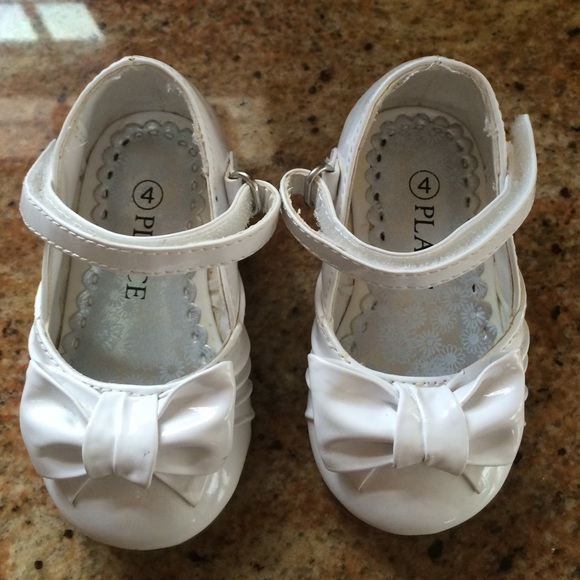 Children s place Other - Baby girl white dress shoes size 4 281f7b202dc1