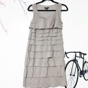 NWOT Fully lined Tiers knee high Dress