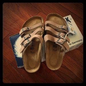 Cheap Birkenstock Orlando, Cheapest Orlando Sandals Sale Outlet 2017