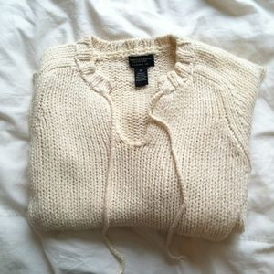 AE Knitted V-Neck Sweater