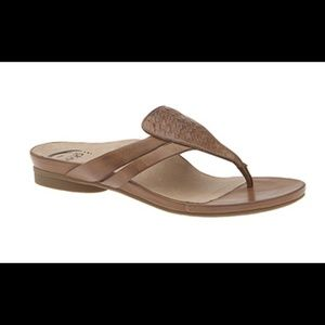 90 Off Abeo Shoes Abeo B I O System Gayle Sandal From