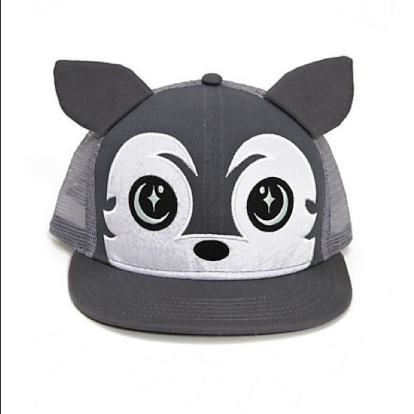 79359bfd3df9f Hot Topic Accessories - Wolf SnapBack hat