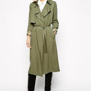 LOOKING for Goldie Trench Coat