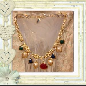 Jewelry - Gold toned chain&explored bead necklace/choker