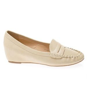 4f7c4d821af Shoes - NIB beige hidden wedge heel penny loafers US 5-10