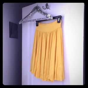 Firm Sale ⚡️HPNWT Yellow Rachel Pally Skirt