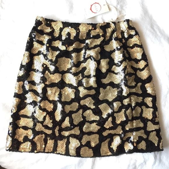 LF Dresses & Skirts - LF Leopard sequin skirt - never worn w tags
