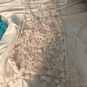 Knot top perfect for coverup