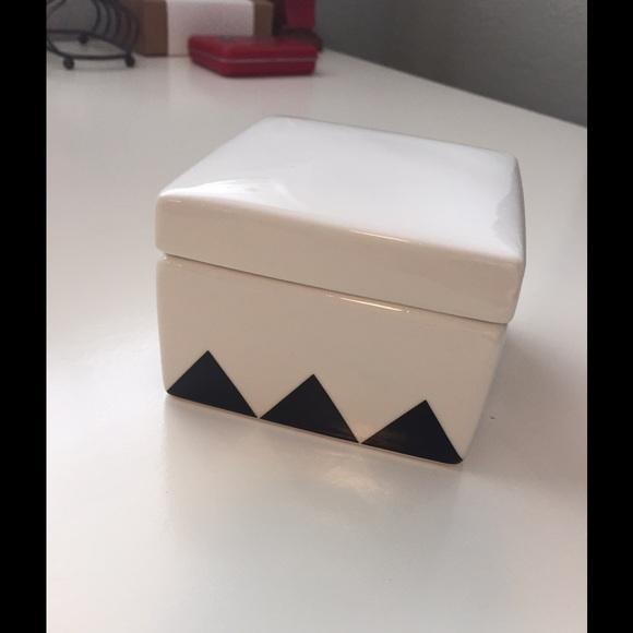 J Crew Ceramic Box white & black Geometric Pattern NWT