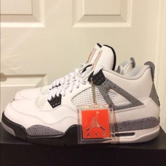 Air Jordan White Cement Retro 4 Size