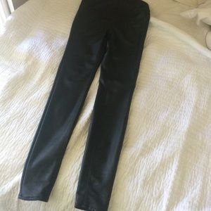 Maternity Faux leather skinny pants