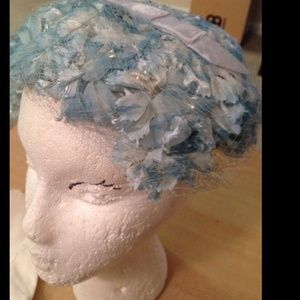 1950s vintage flower blue pillbox hat with bow