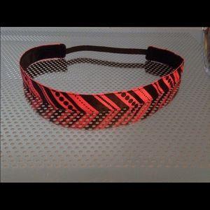 Pink stripes non-slip headband