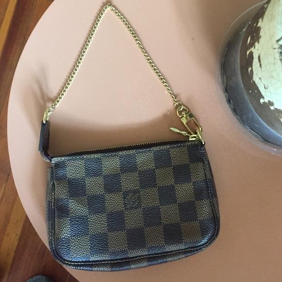 29223e13e0e5 Louis Vuitton Clutches   Wallets - Authentic Louis Vuitton Damier Ebene  Mini Pochette