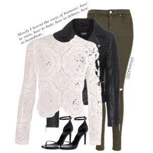 Tops - Crochet Lace Crop Top