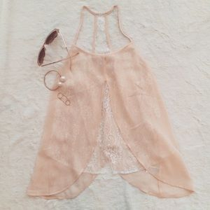NWT Blush silk blend white lace trim Top.