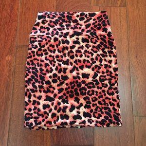 Nwot cheetah print skirt!