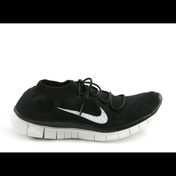 b7dab79fc188 Nike Flyknit Free Runs 5.0. M 556680f16802783abf000a52