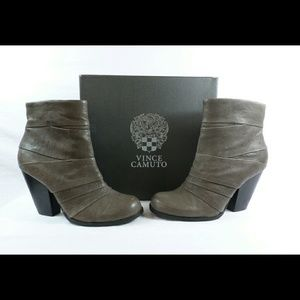 Vince Camuto Belta Grey Leather Ankle Boots--new