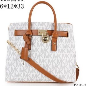 eed808138690 Michael Kors Bags - White Michael Kors Handbag
