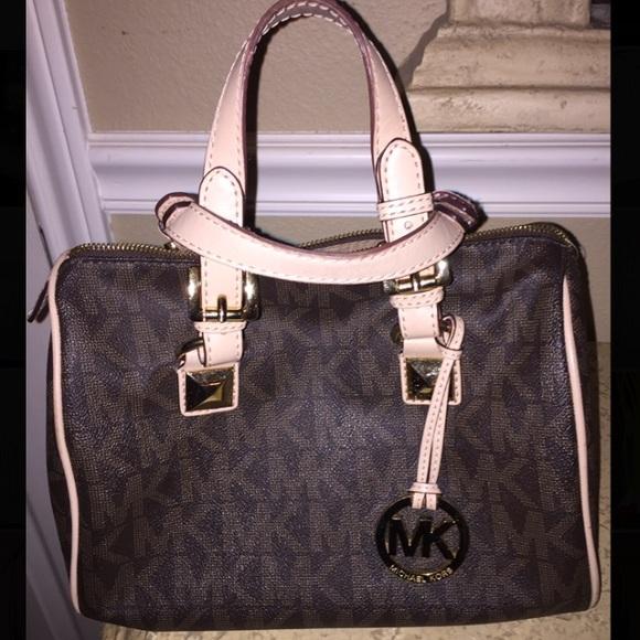 Used Michael Kors Handbags >> Michael Kors Bags Lightly Used Medium Grayson Bag Poshmark
