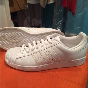le adidas indossato scarpe poshmark una superstar