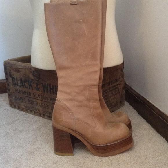 destroy boots