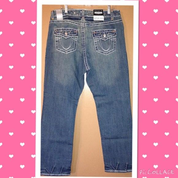 de6c6bb0dd5  NWT  Plus size designer jeans