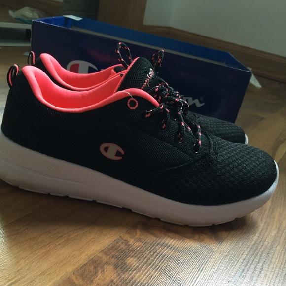46ae76174e171 Champion Shoes - champion (roshe run look alike)