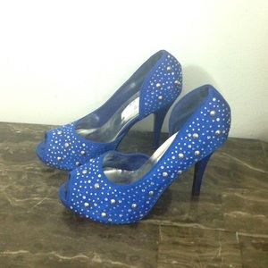 Delightful Designs Shoes - Royal blue heels