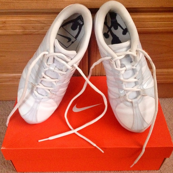 Nike Cheer Flash shoes