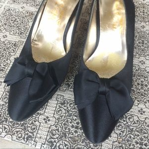 Salvatore Ferragamo Shoes - Salvatore Ferragamo Black Satin Bow Heels