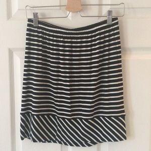 Black and White Stripe Knit Skirt