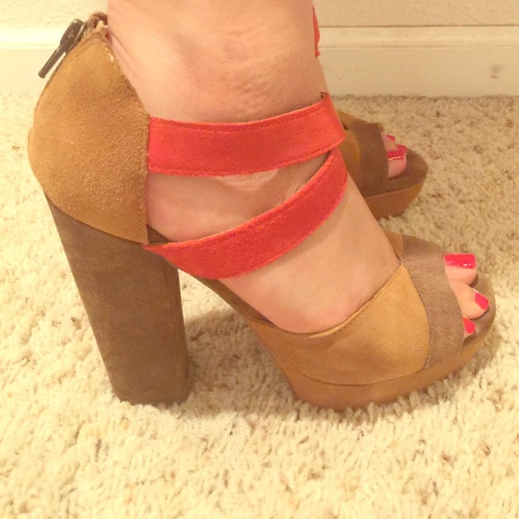873a1f077bdc93 Zodiac Trixie Stacked Platform heels 8.5. M_55693f1abcd4a71aed006bf1